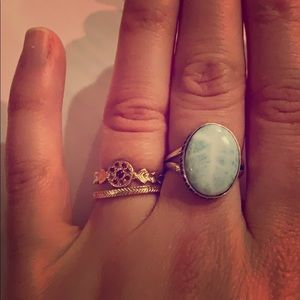 Jewelry - Beautiful sterling silver chalcedony ring